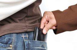 Tetten érték a zsebtolvajokat